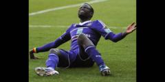 (Vidéo) Après leur victoire sur Bruges, Cheikhou Kouyaté et ses coéquipiers chassés et insultés par les supporters