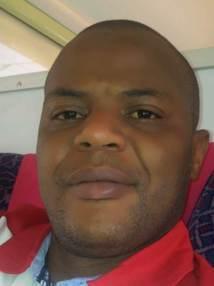 """Un membre fondateur de l'Apr traite Mame Mbaye Niang de  """"Godillot"""" et de lanceur de pierres"""