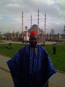 Est-ce le même Cheikhouna Mbacké qui a pillé les comptes de Serigne Saliou ? Par Lamine Chaupin