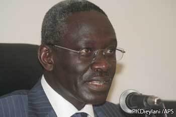 Habib Sy, membre du Cd du Pds : «Le Cese doit être supprimé»