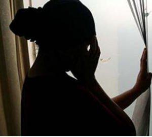 Cette femme cherche désespérément son enfant