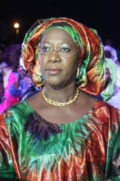 Remise de financements à des femmes de Dakar, mercredi