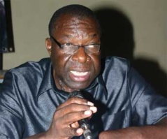 La communauté mouride sauve le professeur Oumar Sankharé