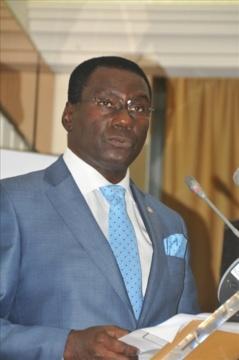 Cheikh Kanté, le nouveau distributeur automatique de billets de banque