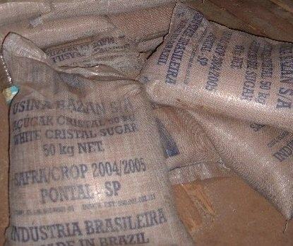 Il proposait des sacs de sel recouverts de sucre à des commerçants établis à Touba, Darou Mousty, Louga, Kaolack…
