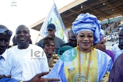 Requinquée par la forte réussite de sa marche bleue et de son meeting : Aïda Mbodj porte plainte contre Macky Sall