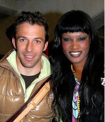 "Entretien avec Amina Badiane, ex-mannequin international : ""Del Piero, Legrottaglie, De Sagana, Mutombo et moi"""