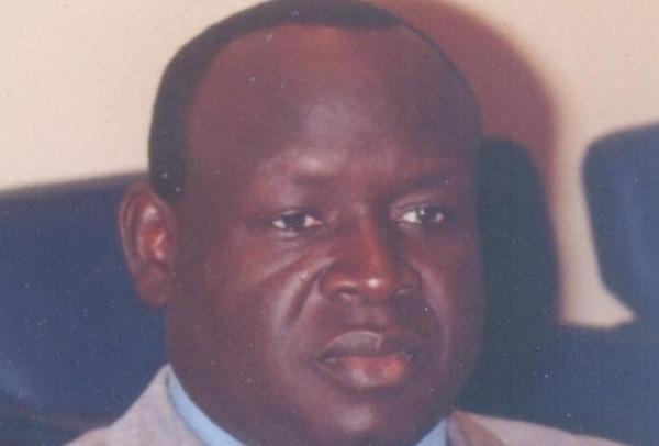 Ndindy : Le député Cheikh Seck dégaine un pistolet contre un responsable de l'Apr