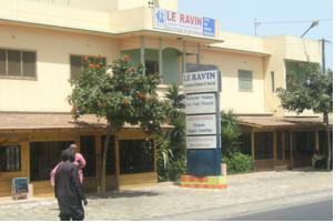 """Violence électorale à Keur Massar : Alassane Ngom, le propriétaire du Ravin, """"perd"""" un œil et se retrouve en garde-à-vue"""