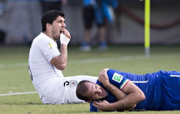 CDM 2014: La FIFA frappe fort et sanctionne lourdement Luis Suarez !