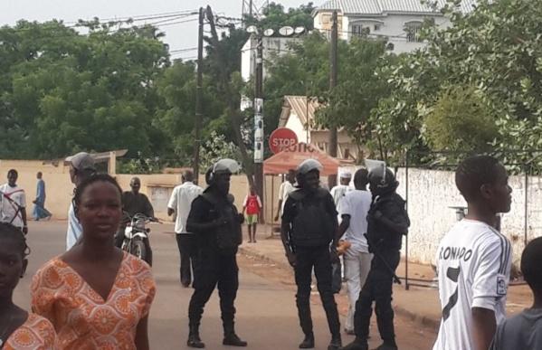 Kolda: Risque d'affrontement, la Police bloque les rues, encercle la Mairie