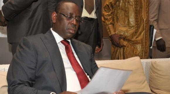 Gouvernement: Macky sabre la tête des perdants aux locales et présente une équipe de 33 membres