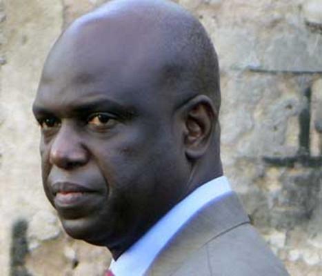 Macky Sall confie un budget de 118 milliards à Mansour Faye
