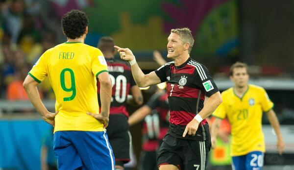 Tremblement de terre à Belo Horizonte: L'Allemagne humilie le Brésil (7-1)