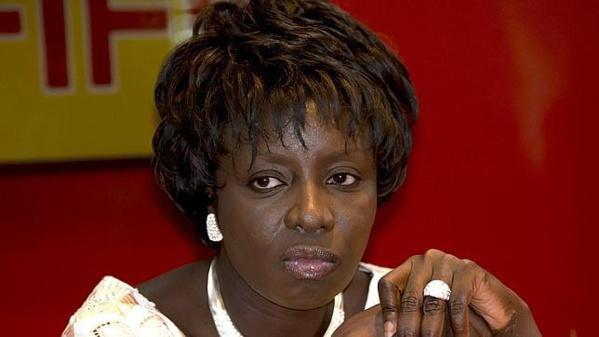 Aminata Touré doit quitter l'Apr, selon ses partisans