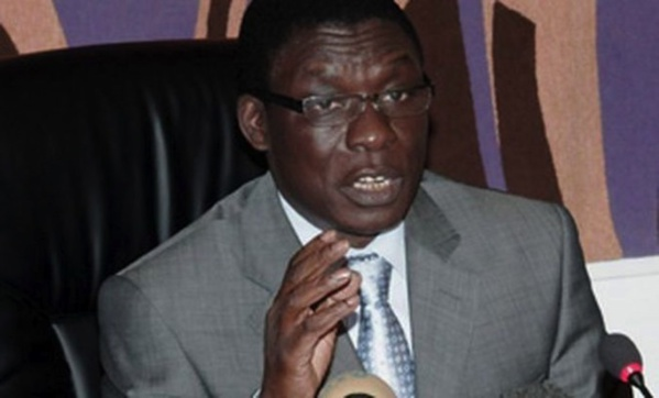 Farba Senghor vilipende le Préfet de Dakar