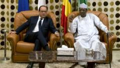 François Hollande installe officiellement Barkhane à Ndjamena