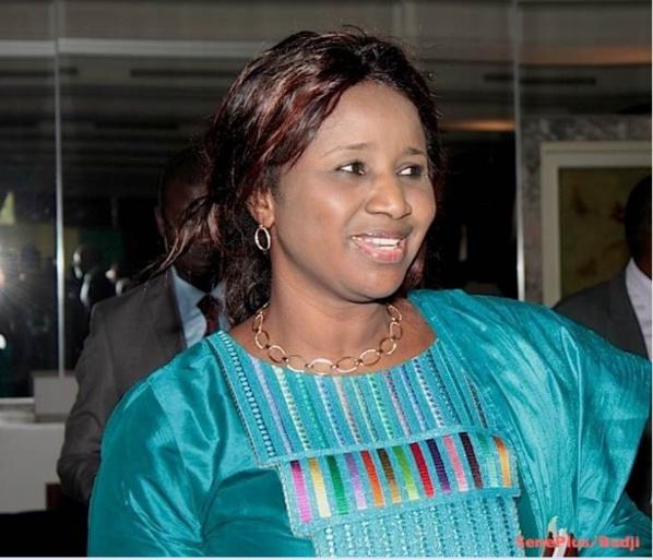 Mariama Sarr, première femme maire de Kaolack, Awa Guèye huée