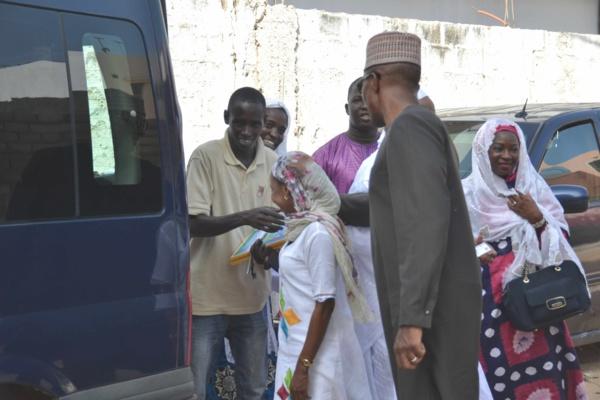 Photos - « Ndogou aux Daaras »: Abdoul Mbaye s'active sur le terrain