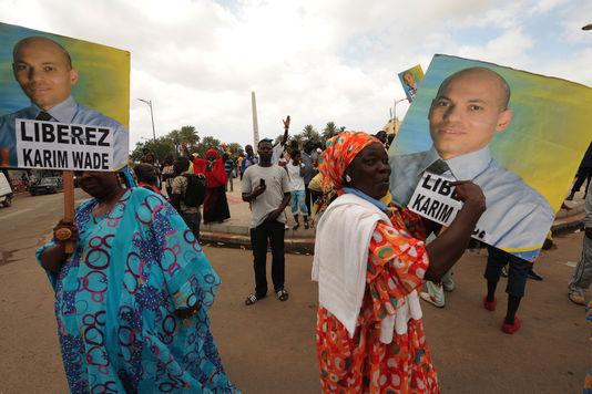 En route vers le procès de Karim Wade : Ses proches sonnent la mobilisation
