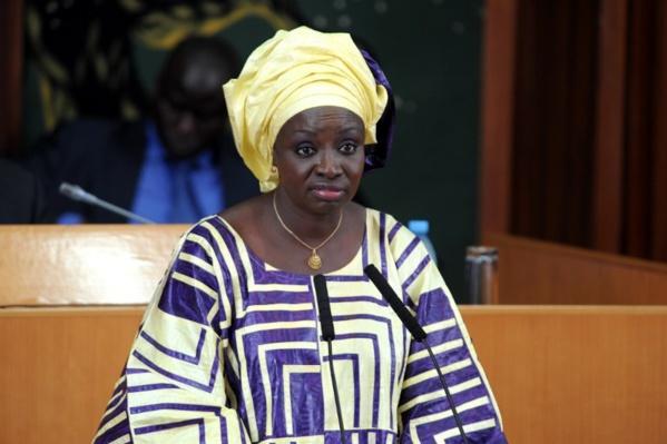 """Mimi Touré : """"Dites au Président qu'il m'a trahie"""""""