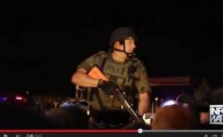 Ferguson : La police menace de tuer des journalistes qui couvrent l'affaire