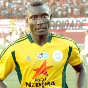 Algérie : un footballeur reçoit un projectile sur la tête et décède à l'hôpital