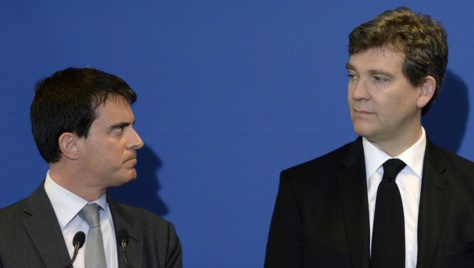 Remaniement: Manuel Valls commence ses consultations
