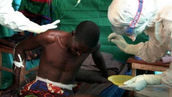 Ebola : un médicament japonais prêt pour traiter 20 000 personnes