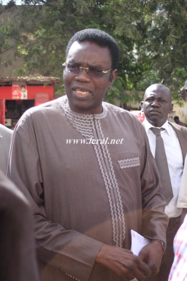 """Crise universitaire : Mbaye Jacques Diop propose la médiation des """"anciens"""""""