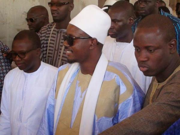 Serigne Mountakha Bassirou et Cheikh Bassirou Abdou Khadre à Dakar pour une visite de chantier de la Grande Mosquée Massalikoul Djinane