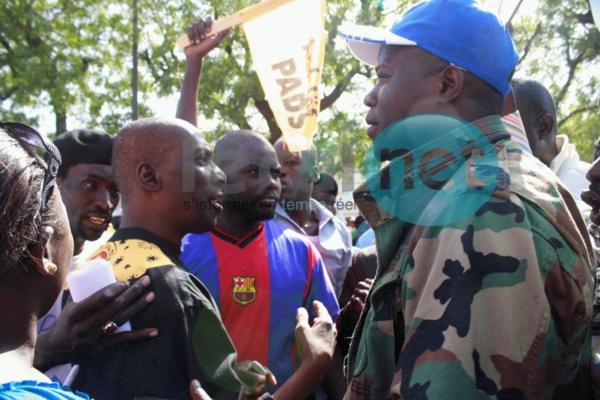 Confiscation des libertés et acquis démocratiques : La résistance contre Macky s'organise en banlieue
