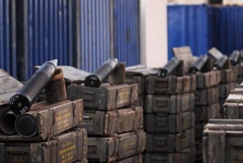 Image - Révélations explosives sur la cargaison d'armes malienne coulée au port de Ndakaaru