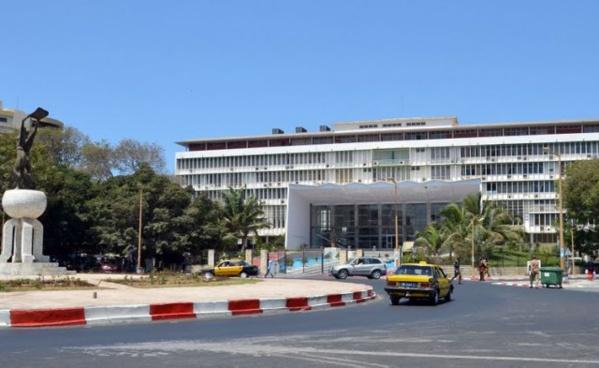 Ressuscitation du Sénat relooké : Macky Sall veut créer le Haut conseil des collectivités locales