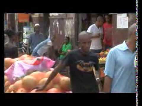 Vidéo: Le virus EBOLA condamne des commerçants du marché Sandiniery de Dakar