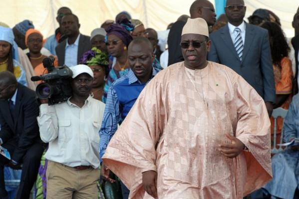 Le parti présidentiel se vide: Macky de plus en plus esseulé