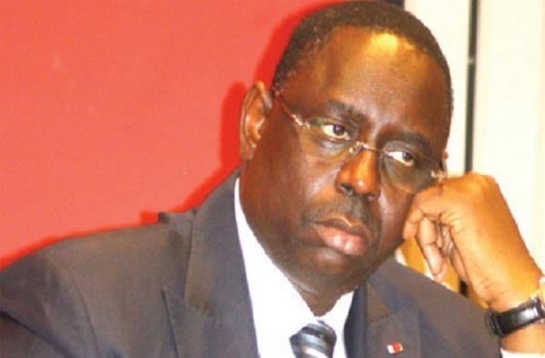 Lâché par plusieurs de ses compagnons : Macky doute de sa réélection en 2017 ?