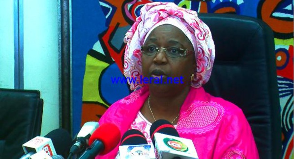 EBOLA - Guérison du malade guinéen : Awa Marie Coll Seck donne la recette-miracle