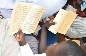 Touba:  Journée de récital de Coran  pour le départ de Macky Sall et la libération de Karim Wade Cie (images)