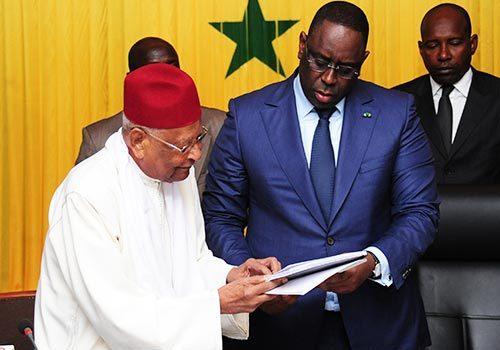 Réforme des institutions : Macky Sall rejette les propositions de Amadou Makhtar Mbow et Cie