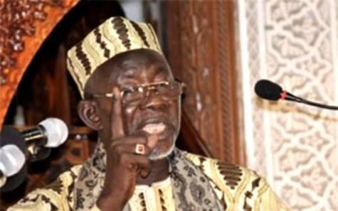 L'imam de la Grande mosquée de Dakar invite le chef de l'Etat à aider les maires