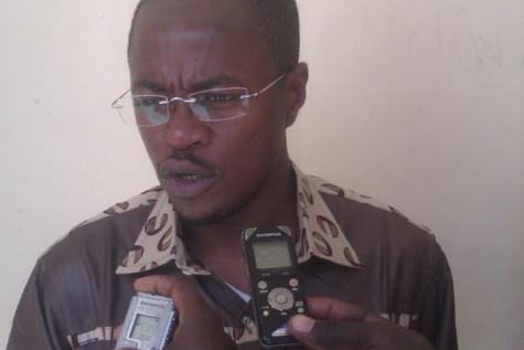 """Abdou Mbow : """"Abdoulaye Wade a perdu son équilibre..."""""""