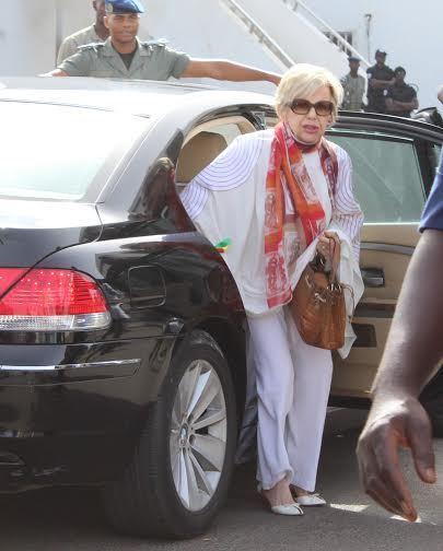 Viviane Wade:  «Il n'a jamais été question que Karim Wade succède à son père»
