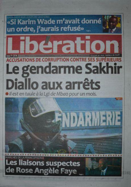 A la Une du Journal Libération du mardi 14 octobre 2014