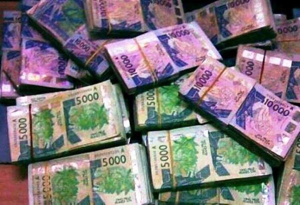 Deux trafiquants arrêtés avec 40 millions de FCfa en faux billets