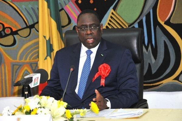 Macky Sall liste les tares des Sénégalais et vante son Pse