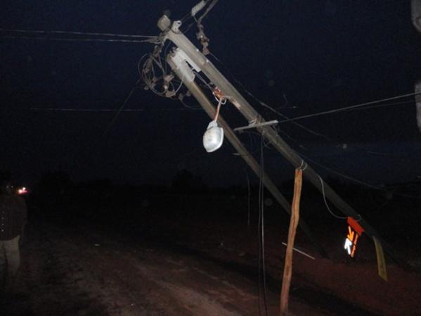 Tambacounda : Un camion heurte un poteau électrique, black out dans plusieurs quartiers