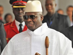 """Yaya Jammeh a déjà commandé sa couronne de Roi de la Gambie"", selon un opposant"