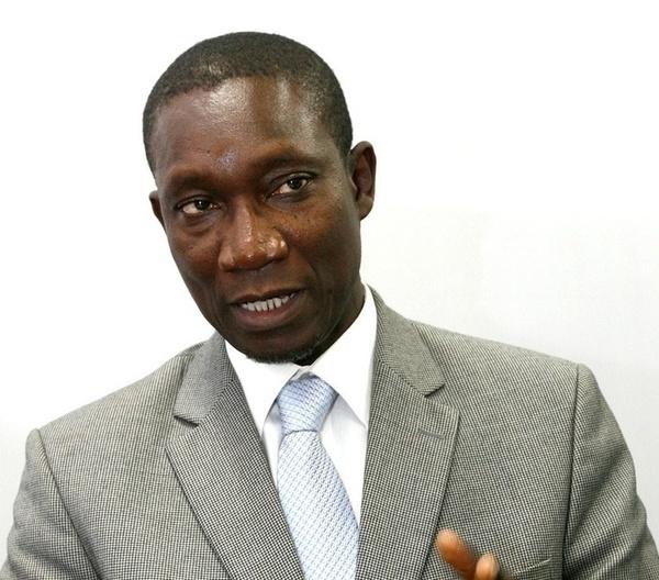 """Procès Karim Wade: Le Président Henri Grégoire Diop et Me Amadou Sall se """"cognent"""""""