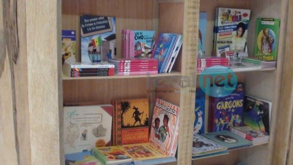 (Photos+Vidéo) Fondation Kéba Mbaye: Démarrage de son opération de distribution de kits scolaires et de création de petites bibliothèques dans les établissements publics